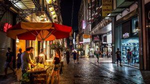 לילה באתונה