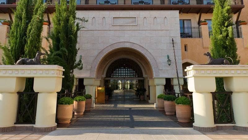 מלון אליסיום בפאפוס