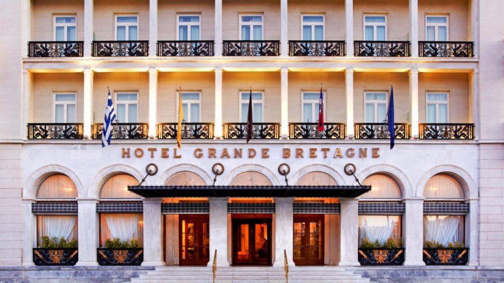הכניסה אל מלון גראנד ברטאן