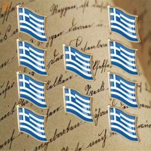 סיכות לחולצה של דגל יוון