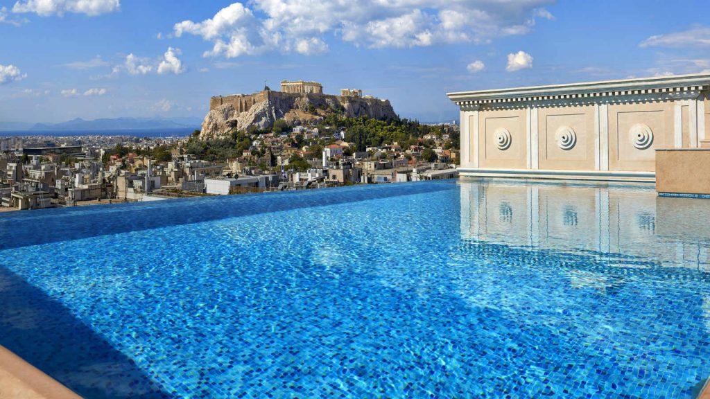 בריכה במלון קינג ג'ורג' באתונה