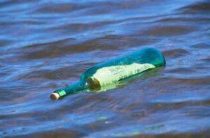 מסעו של הבקבוק בים, משנת 1990