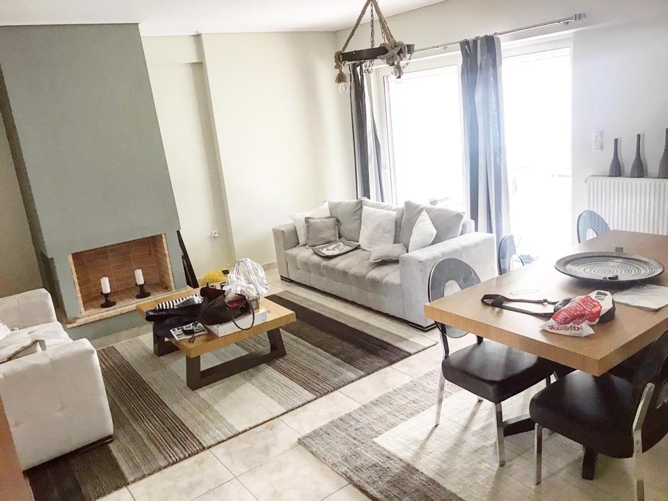 הסלון, הדירה מרוהטת ושמורה