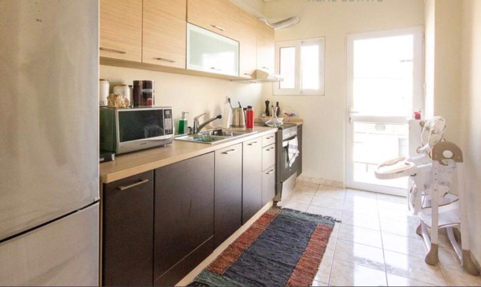 המטבח עם יציאה למרפסת