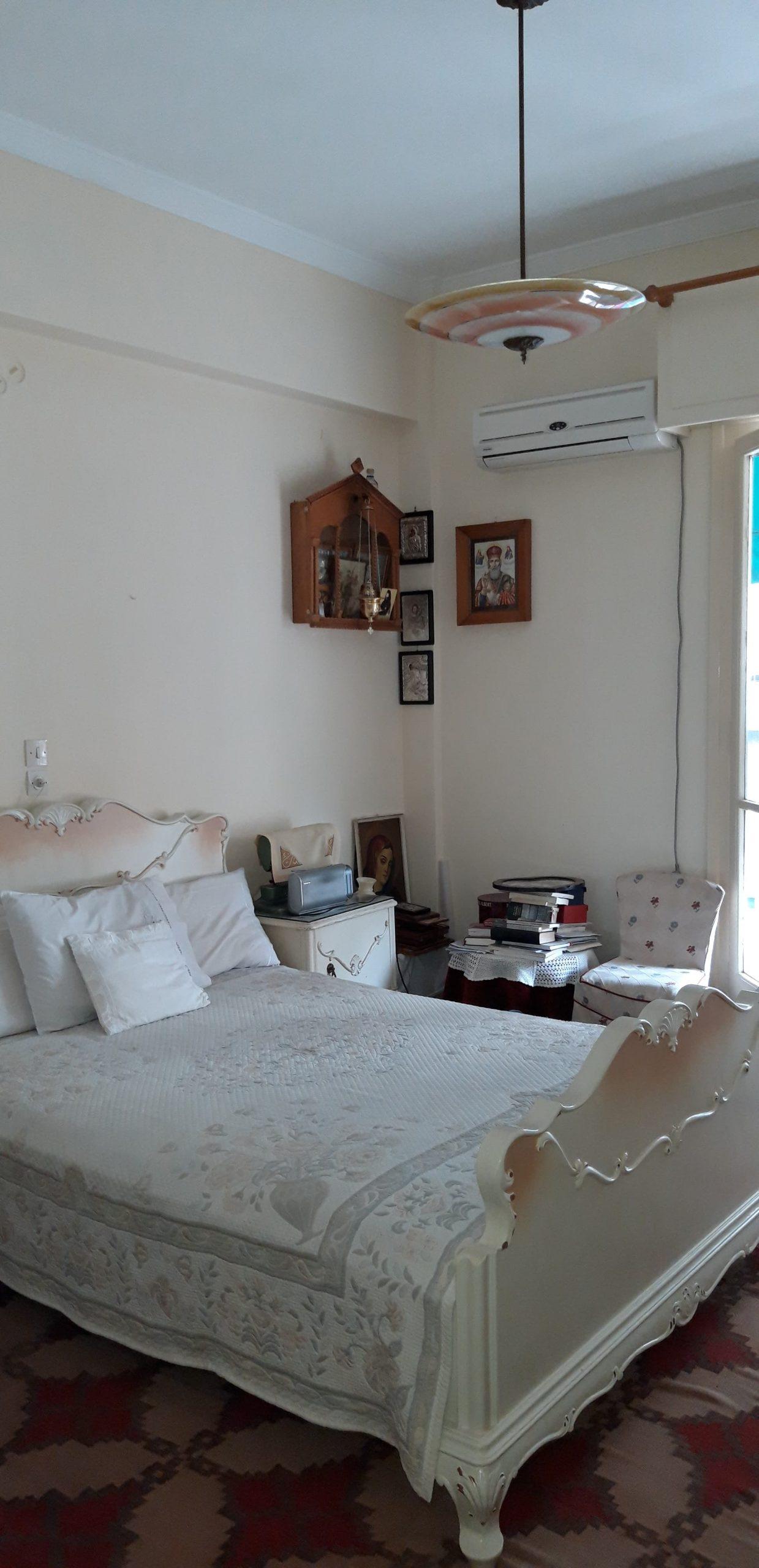 דירה למכירה בלב אתונה