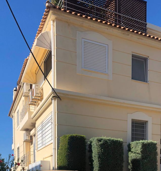 דירה למכירה בסרונידאס עם נוף לים