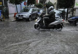 הסופות והגשמים חוזרות ליוון