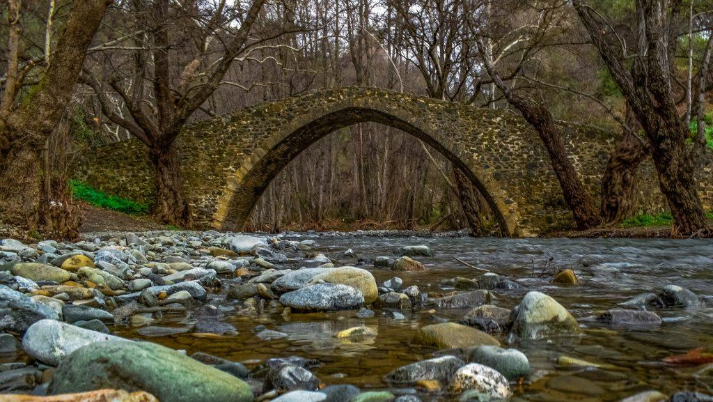 גשר צלפוס ליד כפר אגיוס ניקולאוס בפאפוס
